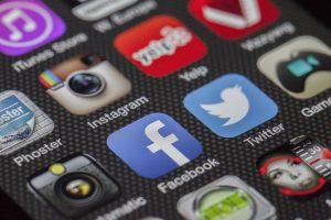 comunicación online de la empresa o de la persona